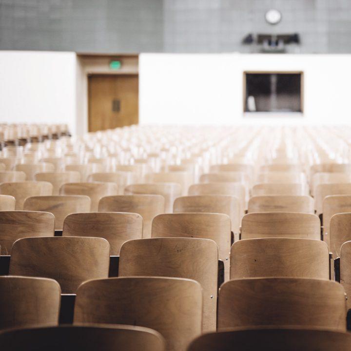 Foto de sala de aula para cursos universitários na Austrália