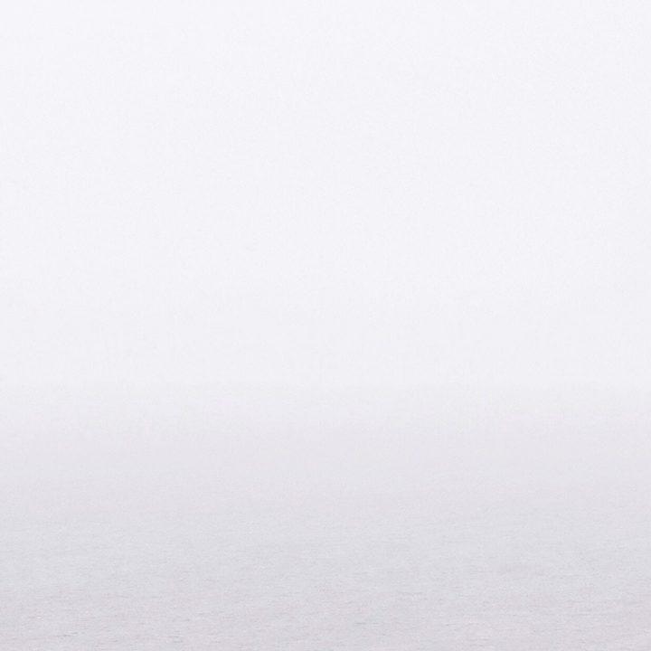 Foto do mar. Serviços de acomodação para intercambistas