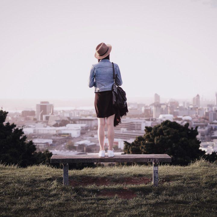 Garota em Auckland na Nova Zelândia