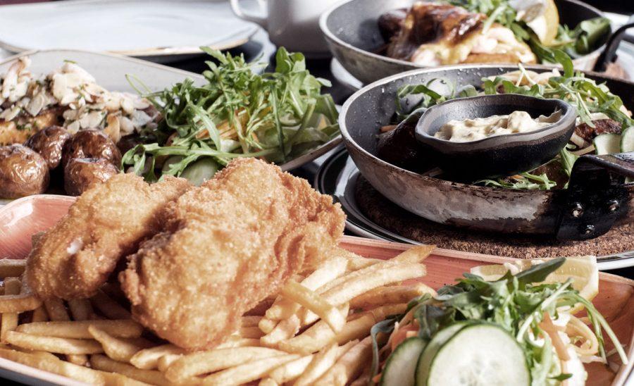 Nova Zelandia. A culinária também adota o fish and chips.